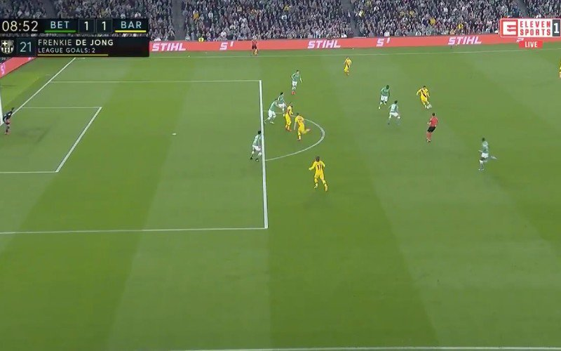 Lionel Messi doet monden openvallen met waanzinnige assist (VIDEO)